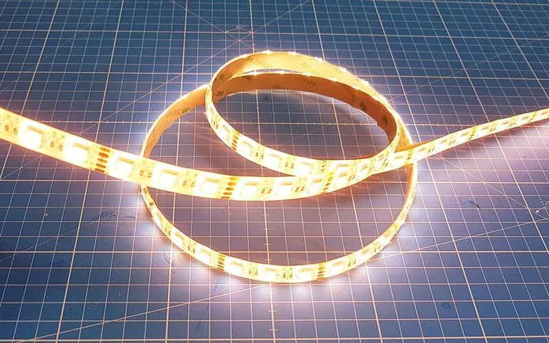 Comment couper, souder et raccorder un ruban LED RGBW ?