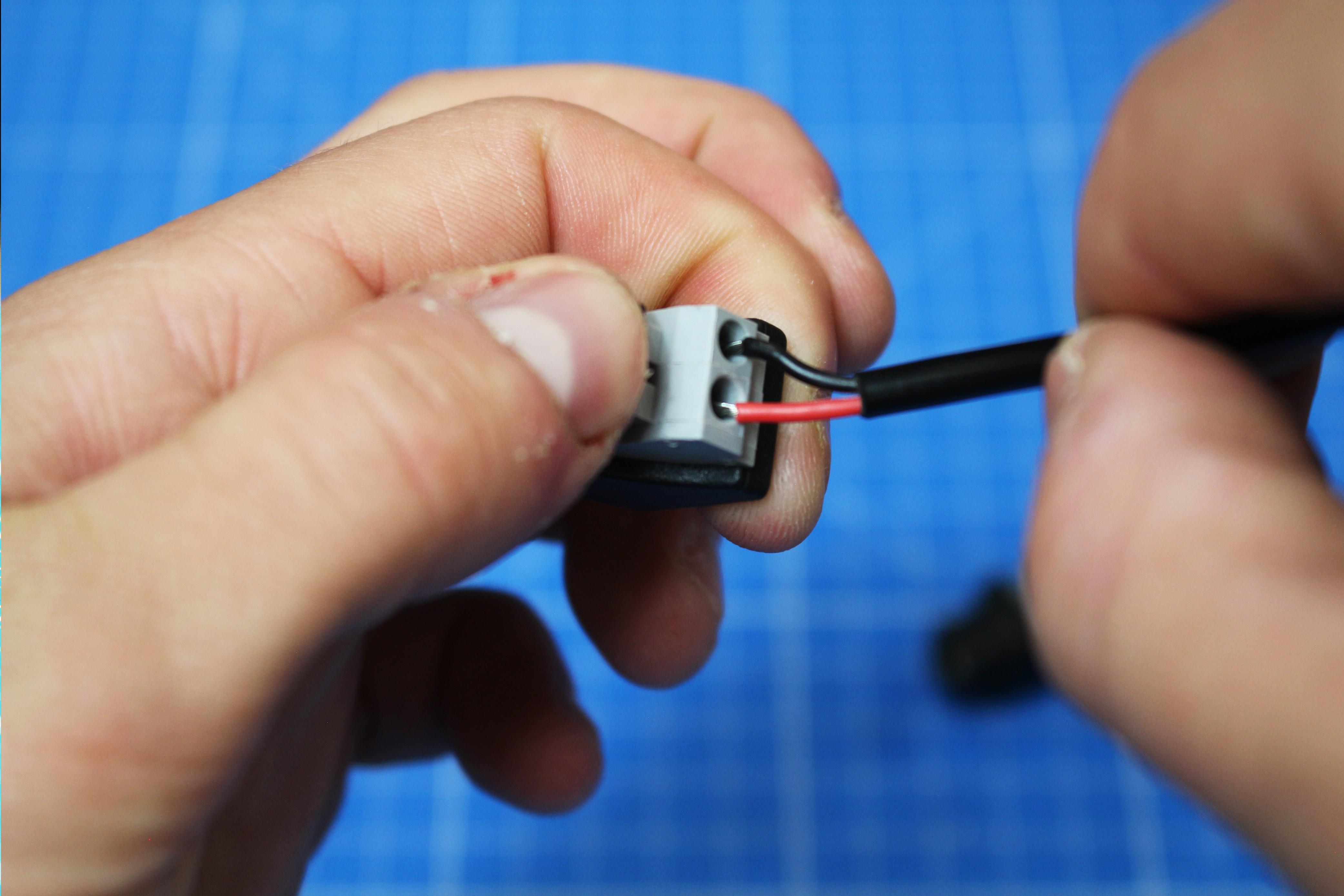 L'utilisation des connecteurs Jack mâle et femelle à clipser