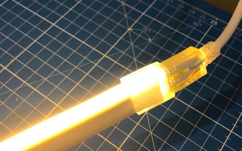 Couper et connecter un néon LED flexible 220V direct