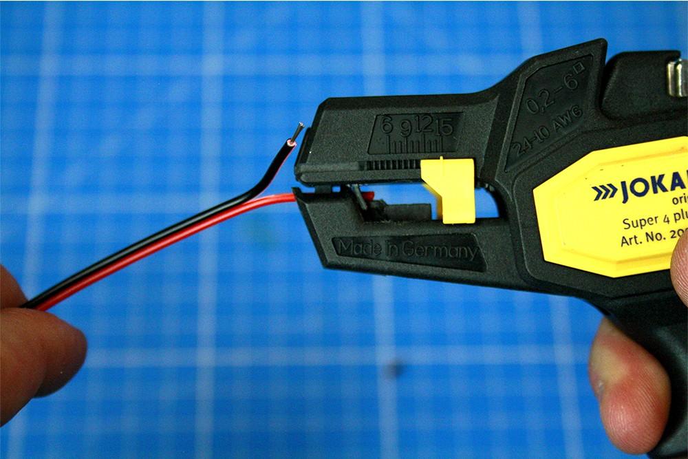 Couper et souder facilement un ruban LED Silicone
