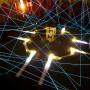 Une toile d'araignée réalisée avec du néon électoluminescent LumiPop lors des nuits blanches à Metz