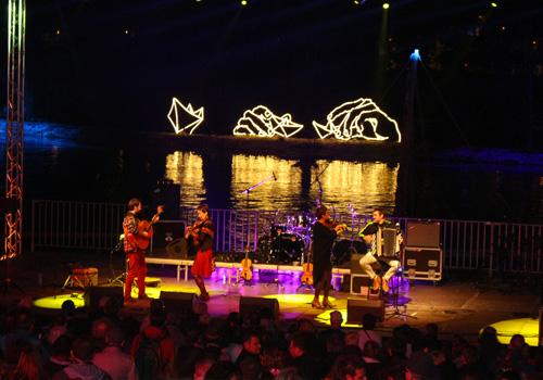 Néon LED LumiPop sur le Festival de Loire à Orléans